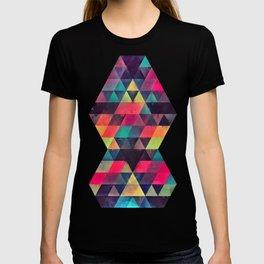fyx th'pryss T-shirt