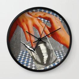 Meneating Wall Clock