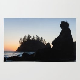 Grandmother Rock At Sunset Rug