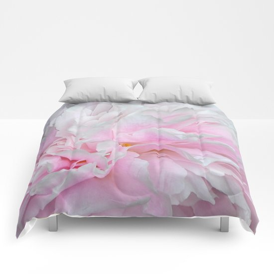 LOVELY PINK PEONY Comforters