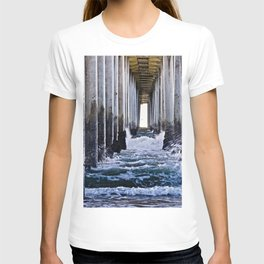Abstract Low Tide Under Huntington Beach Pier T-shirt