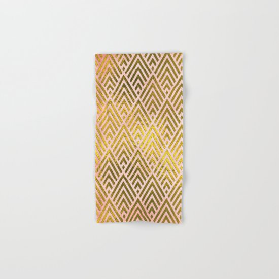 Gold foil triangles on pink - Elegant and luxury pattern Hand & Bath Towel