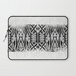 Black and white Siapo (tapa) Laptop Sleeve
