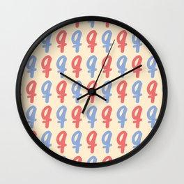Small Letter Q Pattern Wall Clock