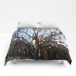 Balloon Tree1 Comforters