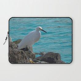 Snowy Egret on Jagged Rocks by Ocean Laptop Sleeve