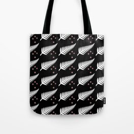 New Zealand Silver Fern Flag Black Pattern Tote Bag