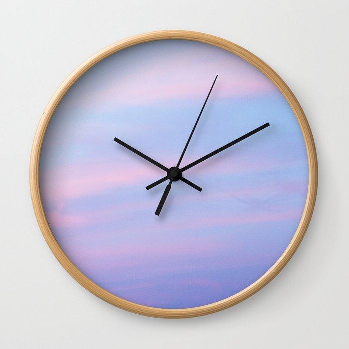 20h38 Wall Clock