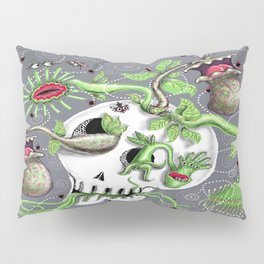 skull pot with carnivorous plants Pillow Sham
