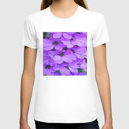 Lupins are lilac T-shirt