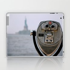 Turn to Clear Vision Laptop & iPad Skin