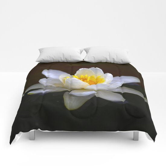 White Water Lily  Comforters