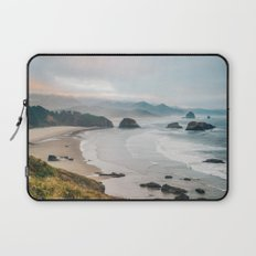 Alone in the beauty of the earth Laptop Sleeve
