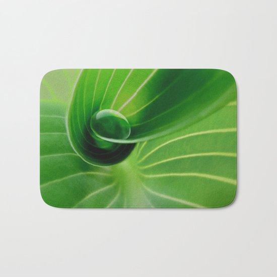 Leaf / Hosta with Drop (2) Bath Mat