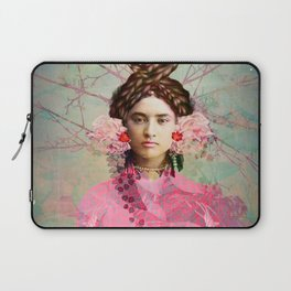 Portrait in Pastell Laptop Sleeve
