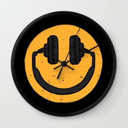 Music fan smile Wall Clock