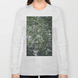 Moss covered tree Long Sleeve T-shirt