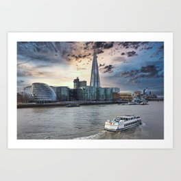 Sunset forms Silhouette of Thames sidewalk Art Print