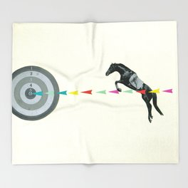 On Target : Sagittarius Throw Blanket