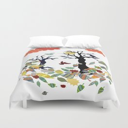 Leaves and crows Duvet Cover