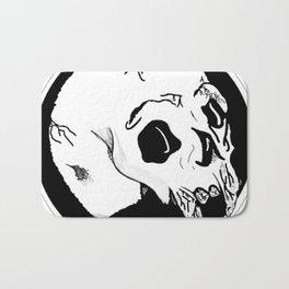 skull black and white with crevasse Bath Mat