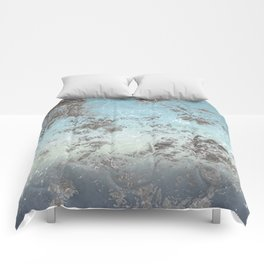 Blue gray abstract pattern Comforters