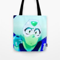 steven universe Tote Bags featuring Peridot | Steven Universe by spenzbow