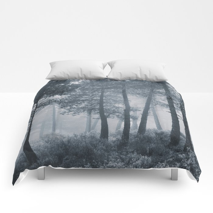 Mistery forest. Retro Comforters