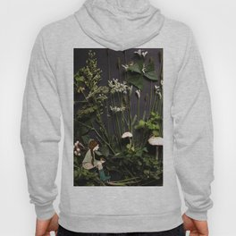 Bridie and the Robins in the Forest of Shamrocks Hoody