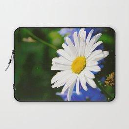 White Daisy Flower Loves Me Loves Me Not Laptop Sleeve