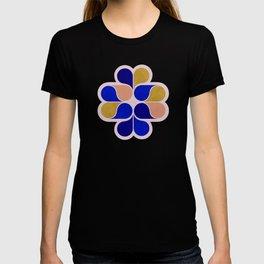Tear drop shapes creation T-shirt