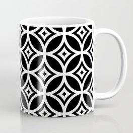 CIRCLE DIAMOND, BLACK AND WHITE Coffee Mug