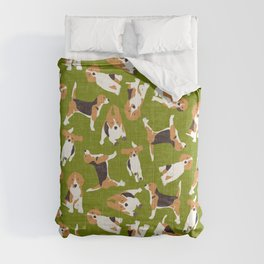 beagle scatter green Comforters
