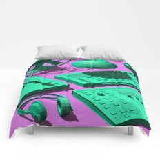 Low Poly Studio Objects 3D Illustration Comforters