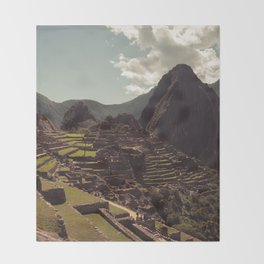 Machupicchu Throw Blanket