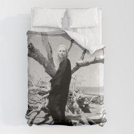 """VAMPLIFIED """"Vampire Beach"""" Comforters"""