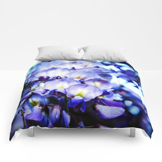 Flowers magic 2 Comforters