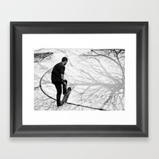 Skate black Framed Art Print