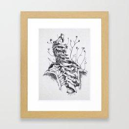 Sono crepe e spine che avanzano tra le vertebre. Framed Art Print