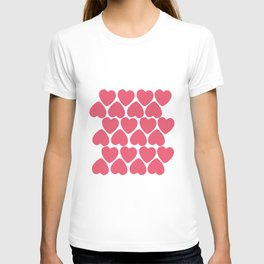 Seamless pattern with big pink hearts T-shirt