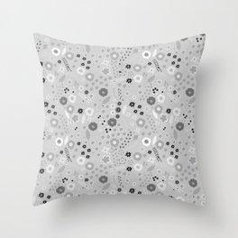 Pearl petals Throw Pillow
