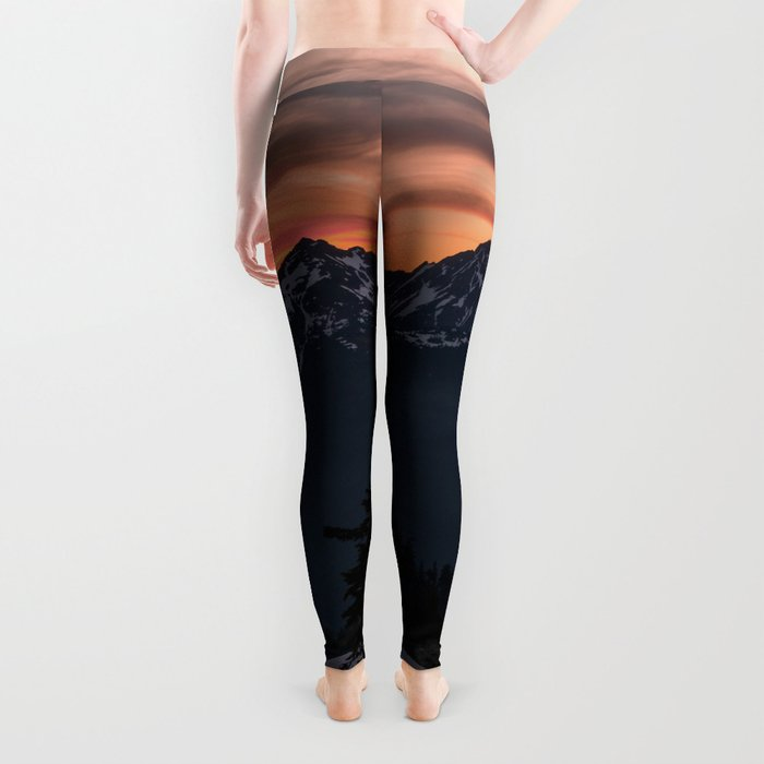 Rising Sun in the Cascades - nature photography Leggings