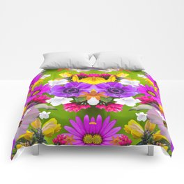 Flower mess - Pink Chaos Comforters