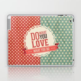 Do what you love text quote red and blue dots and stars pattern Laptop & iPad Skin