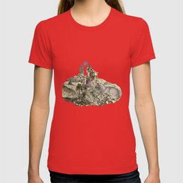Lima. Bear and maiden. T-shirt
