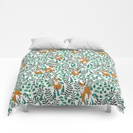 Red Foxes (White) Comforters