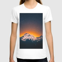 Glowing Snow Mountains Magical Star Night Sky Shooting Star Landscape T-shirt