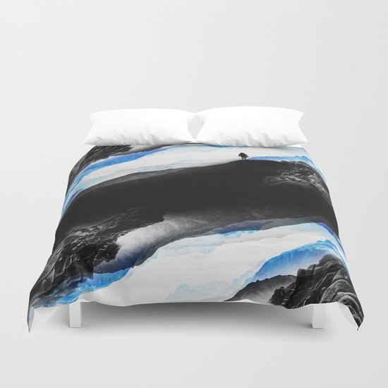 Vision of the frosty mountains Duvet Cover