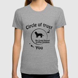 Circle of trust my Grand Basset Griffon Vendeen. T-shirt
