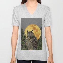 GREY WILDERNESS OWL WITH FULL MOON & PINE TREES Unisex V-Neck